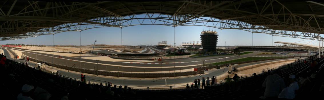 "Foto: ""Bahrain Panorama Trn2-3"" por Derek Morrison from Kuwait, Kuwait - My View."