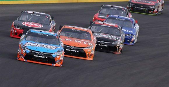 NASCAR XFINITY – Kyle Busch sobrou, levando a etapa em Kentucky – 2016