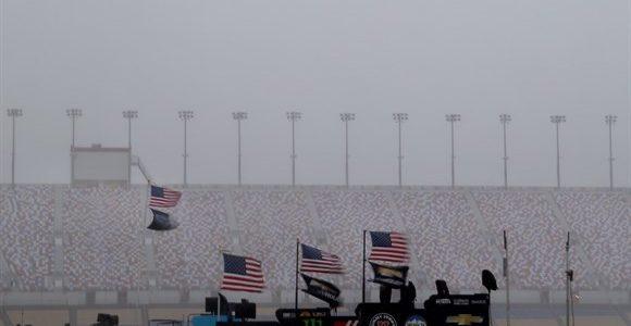 NASCAR – Tempestade cancela treino em Kentucky – 2016