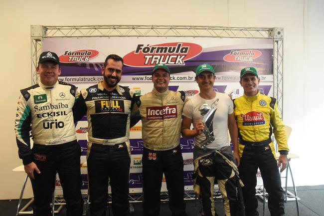 Os cinco primeiros colocados na etapa, disputada no Autódromo de Interlagos. - Foto: Luciana Flores.