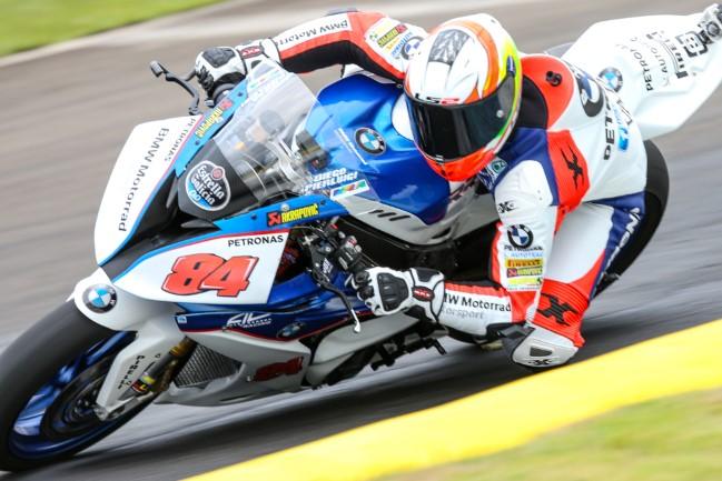 Diego Pierluigi da equipe BMW Motorrad Alex Barros Racing em Londrina. – Foto: Johanes Duarte/VGCOM.