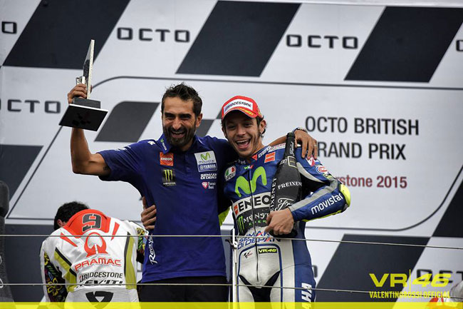 Foto: Facebook Oficial - Rossi 46