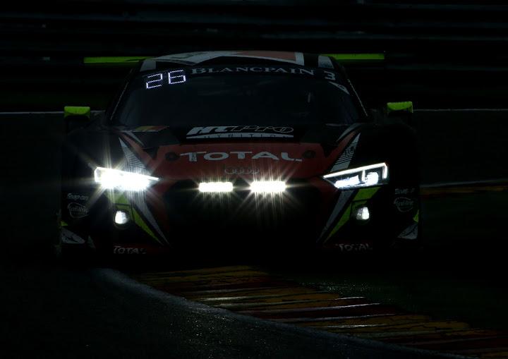 R8 do Trio Luso-Brasileiro, sem palavras para descrever a beleza desse carro. - Foto: Audi Media