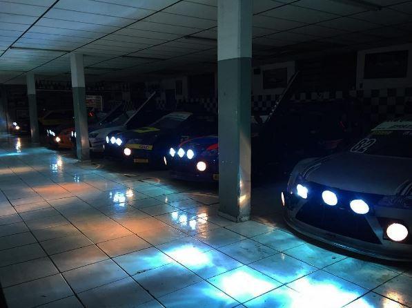 Os belos Sprint testanto a iluminação para a Night Challenge em Londrina.