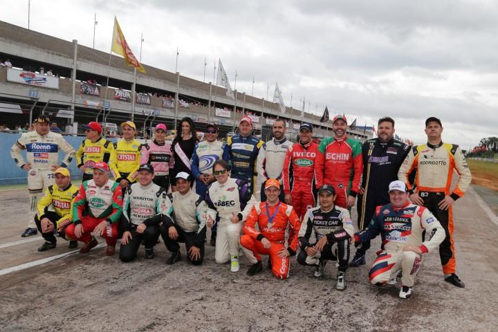 A turma em 2015 no Autódromo de Cascavel - Foto: formulatruck.com.br