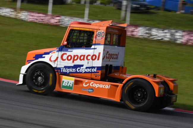 Diogo Pachenki aproveitou os treinos para fazer testes de freios. - Foto: Luciana Flores.