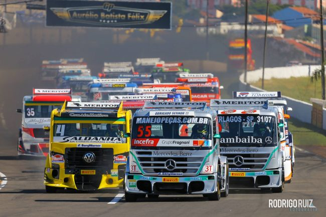 Largada Fórmula Truck Londrina. - Foto: Rodrigo Ruiz.