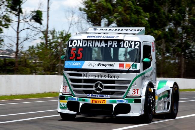 Salustiano, vice-líder da Fórmula Truck e um dos que brigam pelo título de 2016. - Foto: Luciana Flores.