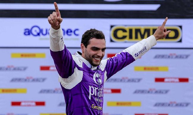 Foto: Rapha Campos #13 - Líder da classe PRO comemorando vitória da 1ª etapa - Créditos: Luciano Santos / SigCom