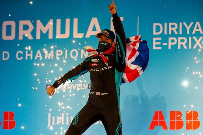 Foto: Sam Bird (Instagram Oficial) - Vencedor Prova 2 - ePrix Arábia Saudita - 2021 - Fórmula E