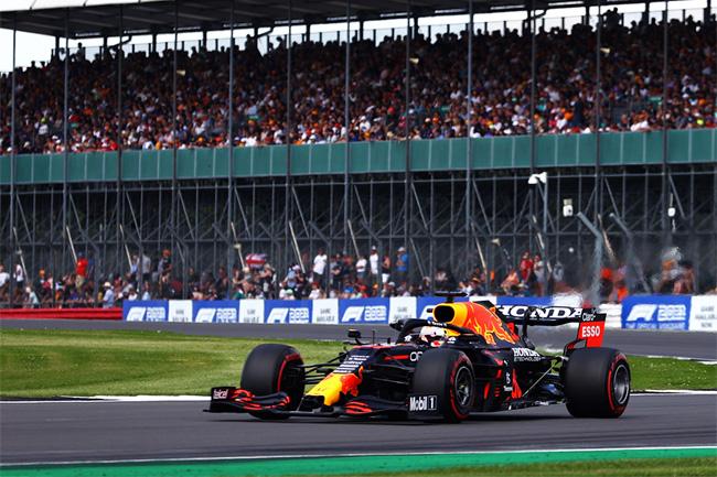 Max Verstappen venceu a SPRINT QUALIFYING e é o POLE POSITION em Silverstone - Fórmula 1 2021 - Foto: Twitter Red Bull Racing